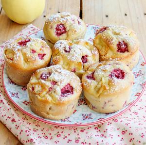 Muffins-pommes-framboises-1